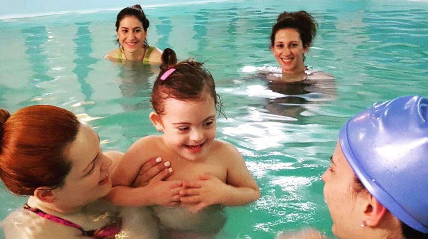 Σεμινάριο Baby Swimming για παιδιά με αναπηρία